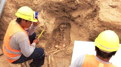 ausgrabungen-projekt-skelett