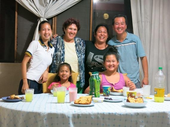 gastfamilie-peru-gruppenfoto-betraix