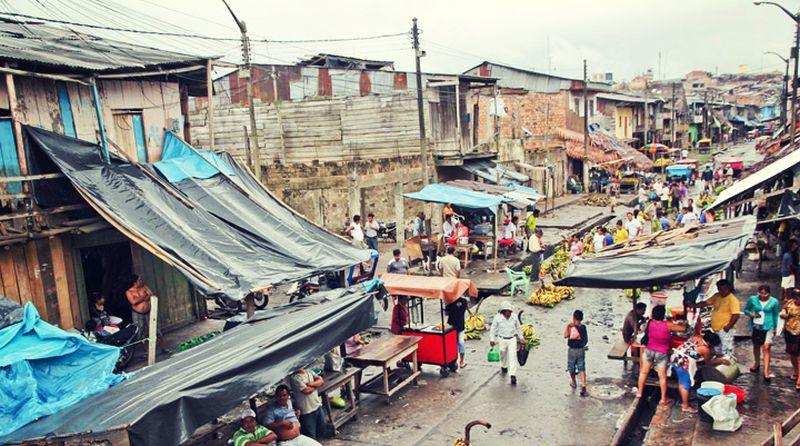 sprachkurs-iquitos-marktplatz