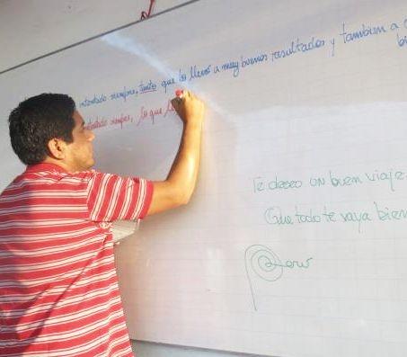 sprachlehrer-spanisch-lernen-tafel
