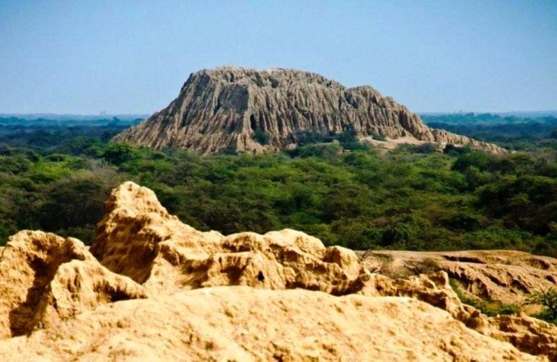 oscar-túcume-pyramiden
